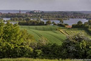 Felder vor dem Schloss Ploen