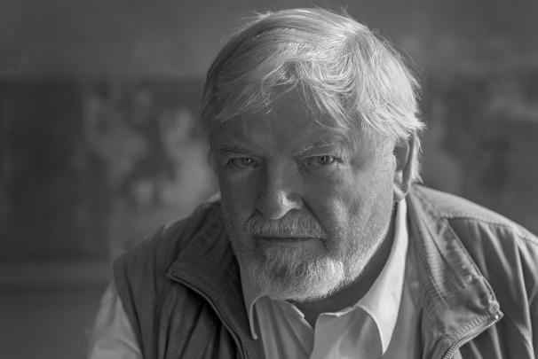 writer Joergen Bracker