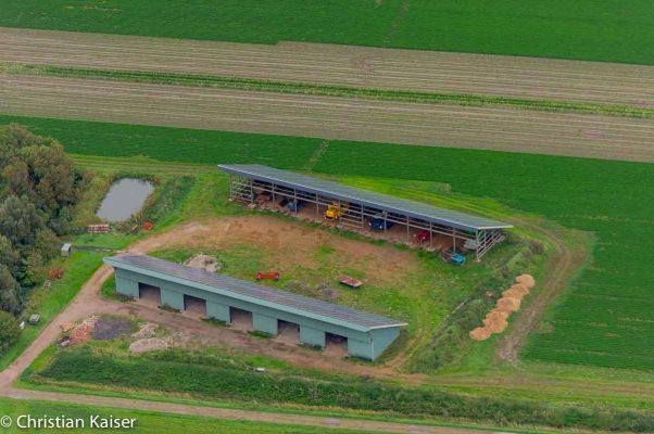 Kulturlandschaft in Schleswig-Holstein von oben, ein kaiser Luftbild