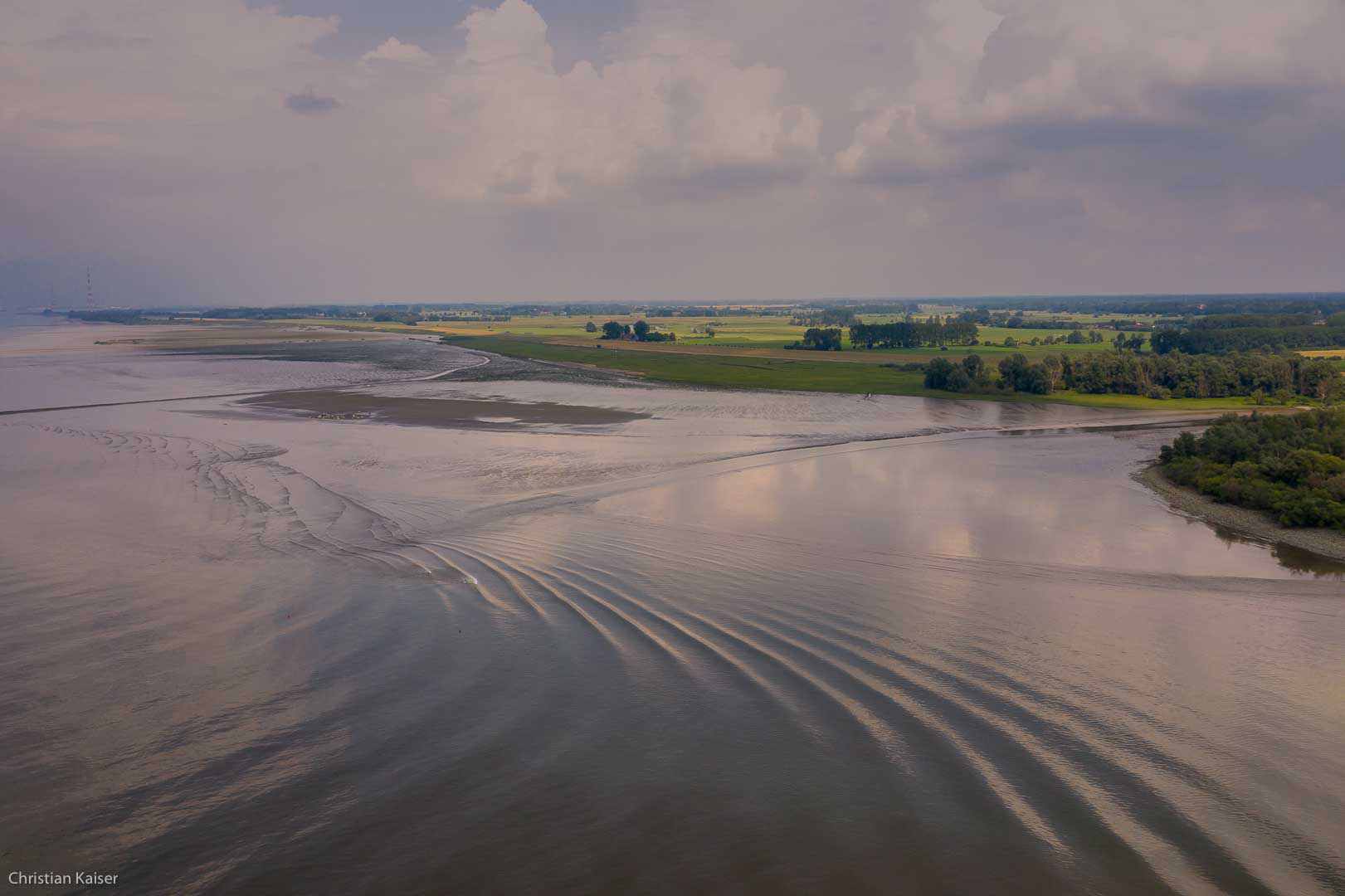Faehrmannsand, elbe river marshes,